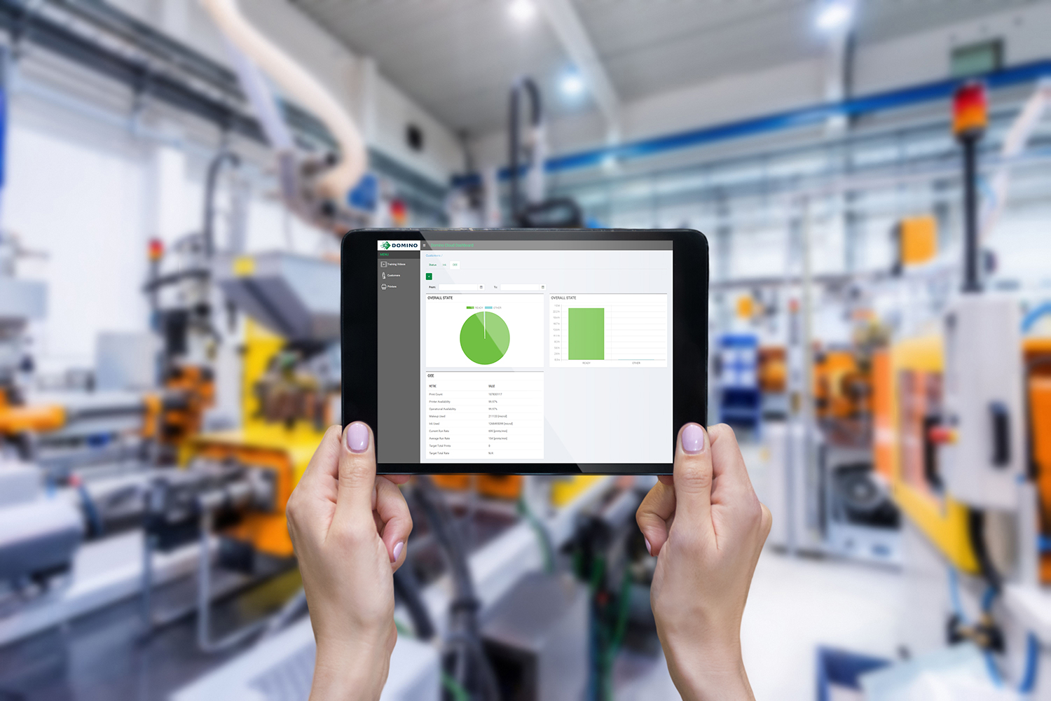 Industry4-0-factory-cloudtablet-HR2